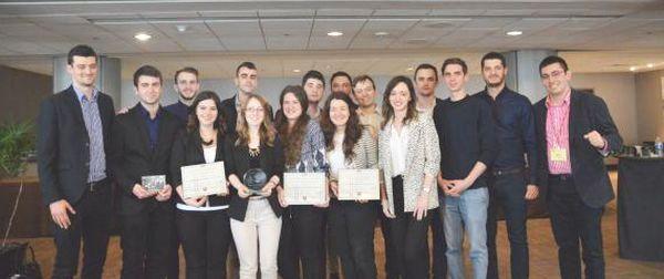 STUDENȚII români, PREMIAȚI pentru al treilea an consecutiv în SUA