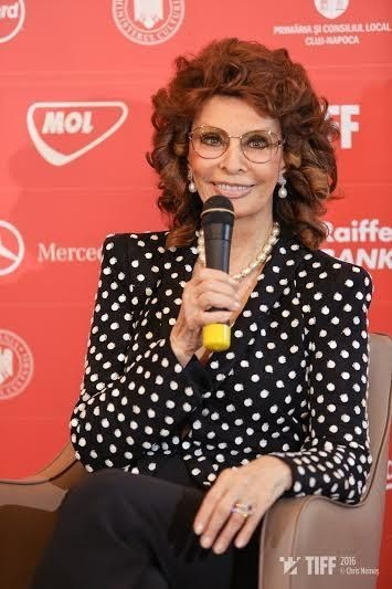 Sophia Loren își dorește să joace într-un film regizat de un ROMÂN: Filmele românești, câteodată, sunt cel mai bine făcute vreodată