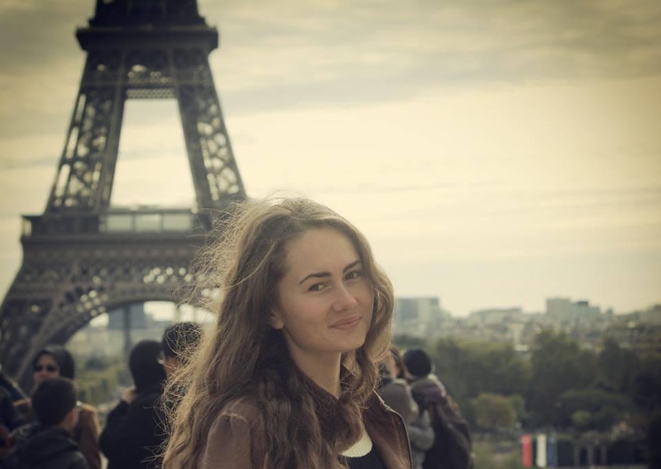 O româncă din Lunca Ilvei, șefă de promoție la Universitatea Sorbona din Paris