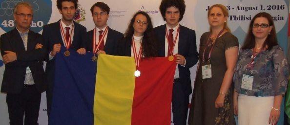 Elevii români, cel mai BUN rezultat din istoria participării noastre la Olimpiada Internațională de Chimie