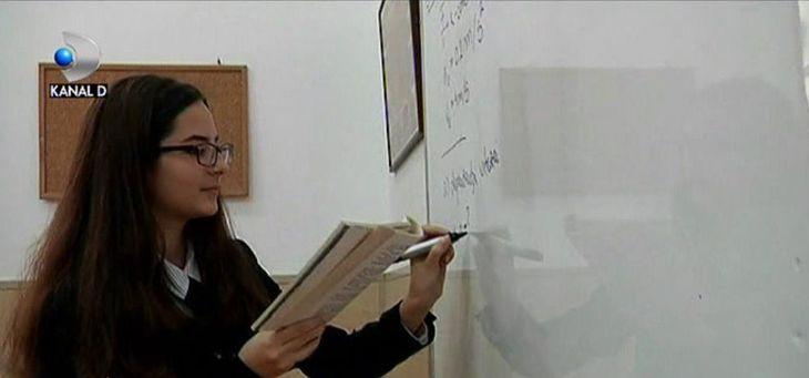 Alexandra, eleva de 15 ani din Galați, s-a calificat la 4 olimpiade nationale